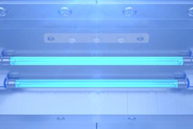 Sự cố bóng đèn UV không làm khô lớp UV trên bề mặt