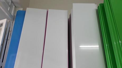 Dầu UV phủ bóng - dòng sơn phủ lý tưởng cho bề mặt nhựa PVC